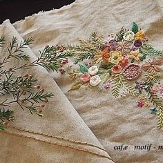 #Embroidery#stitch#needlework #프랑스자수#일산프랑스자수#자수#자수타그램 #왁스플라워와 ~~