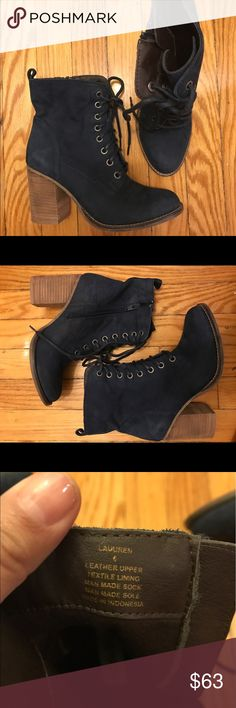 Steve Madden Laurenn boots Steve Madden Laurenn boots in NVY. Used a handful of times and in mint condition. Steve Madden Shoes Ankle Boots & Booties