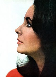 Elizabeth Taylor by William Klein, Vogue, 1965