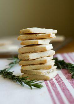 rosemary shortbread cookies ++ clockwork lemon {@seddy5}