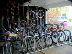 PVC pipe DIY bike rack... I need this for the line up of 10 bikes in my garage!