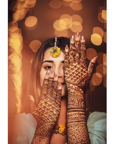 Check the most beautiful EID mehndi designs Simple and Easy designs covering all EID styles for hands, Arms and Foot. Bridal Poses, Bridal Photoshoot, Bridal Portraits, Indian Wedding Poses, Indian Wedding Couple Photography, Indian Weddings, Mehendi Photography, Bridal Photography, Mary Janes