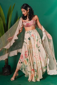 This set features a beige embroidered bustier with printed high low pants with an embellished cape jacket. Neck: Sweetheart Neck Sleeve Type: Strap Care: Dry Clean Only Lehenga Designs, Kurta Designs, Dress Indian Style, Indian Dresses, Abaya Style, Indian Wedding Outfits, Indian Outfits, Indian Clothes, Indian Designer Outfits