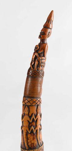 Trompe d'appel, Grassland Cameroun - Ivoire à patine brune..., Arts Primitifs & Océanie à Salle des ventes de Chinon
