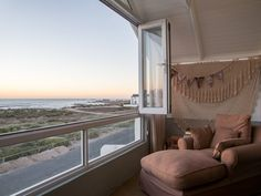 4 Bedroom House For Sale in Paternoster Central
