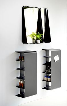 40 Simple Wooden Rack Idea to Store Your Shoes Collection - There are three sorts of coat racks you may select from. Well, it sounds as if you want a shoe rack. The huge amount of different storage options Wood Shoe Rack, Diy Shoe Rack, Wooden Rack, Shoe Racks, Metal Furniture, Furniture Design, Mirror Furniture, Furniture Ideas, Rack Design
