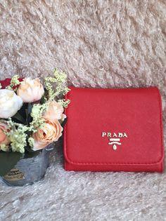 Кошелек Prada red https://wristband-bracelet.ru/product/%d0%ba%d0%be%d1%88%d0%b5%d0%bb%d0%b5%d0%ba-prada-red/   Price:790