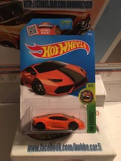 Hot Wheels Lamborghini Collection 1//64 Scale Diecast Cars