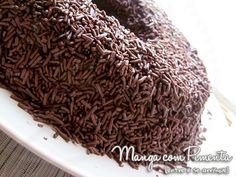Brigadeirão, para aqueles que amam um doce de chocolate. Clique na imagem para ver a receita no blog Manga com Pimenta.