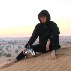 """Jung Il Woo's Clumsy Charms Captivate """"Running Man"""" Members in Dubai"""