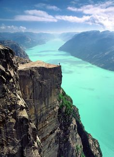 Pulpit Rock hike Pulpit Rock in Norway ...