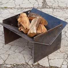 TECTON collapsible contemporary fire pit made in the uk. The fire pit you can take camping! Quickly assemble, locate the pegs and fire up the logs! Metal Fire Pit, Concrete Fire Pits, Diy Fire Pit, Fire Pit Backyard, Camping Fire Pit, Fire Pit Swings, Fire Pit Materials, Outdoor Fireplace Designs, Modern Fire Pit