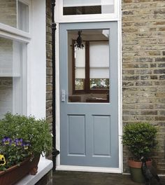 Clear external door 1 with max aperture to let light shine through to door 2 with stained glass.