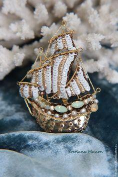 Купить Брошь,,Каравелла Тейя,, - бирюзовый, корабль, подарок, брошь, брошь ручной работы