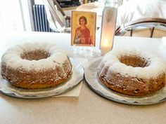 This humble greek cake, or phanouropita, is a cake baked in honor of the Saint Phanourious, who has a way with lost objects. Greek Cake, Greek Cooking, Walnut Cake, Round Cake Pans, Lent, No Bake Cake, Just Desserts, Eat Cake, Food Print