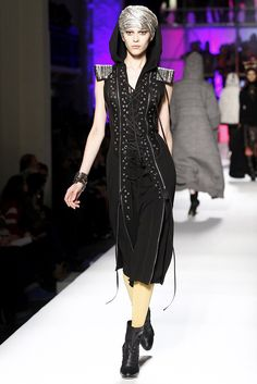 Jean Paul Gaultier Fall 2010 Ready-to-Wear Fashion Show Collection