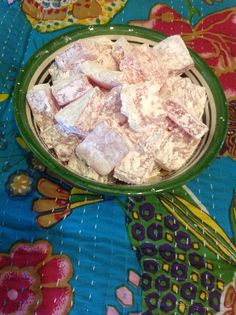 an excellent recipe for gelatin-free, vegan Turkish Delight by Melbourne's own Jon Bussell.