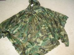 $60.00 U.S. MILITARY ISSUE PONCHO WET WEATHER WOODLAND CAMOUFLAGE NSN 8405-01-100-0976