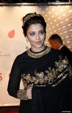 Aishwarya in 'Sabyasachi' Saree at Cannes 2013