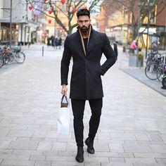 Mens Fashion – Designer Fashion Tips Stylish Men, Men Casual, Costume Gris, Mens Fashion, Fashion Outfits, Fashion Tips, Men's Outfits, Business Mode, Business Casual