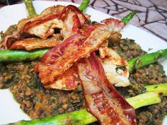 Jamie Oliver: Spiced Chicken, Bacon, Asparagus & Spinach Lentils