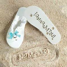 Having a #beach #wedding? If so, these adorable flip flops are a must have for a gorgeous photo opportunity!