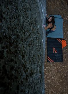 www.boulderingonline.pl Rock climbing and bouldering pictures and news Camp 4 Bouldering -