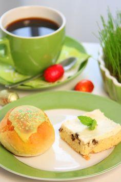 pullat ja kahvi Pavlova, Pancakes, Breakfast, Food, Morning Coffee, Essen, Pancake, Meals, Yemek