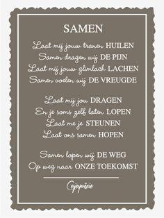 Mijn gedicht Samen. De opmaak is gedaan door mijn tante. :) Hiding Quotes, Inspirational Lines, Dutch Words, Mode Man, Getting To Know Someone, Dutch Quotes, Love Me Forever, One Liner, Love Words