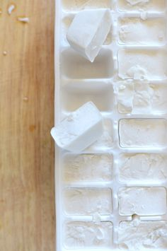 Coconut Milk Ice Cubes: Simply toss these cubes into smoothies like this Coconut Pineapple Pumpkin Seed Smoothie adding a touch of sweet cream... #eat #yumm