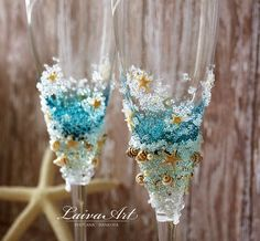Personalized Beach Wedding Champagne Glasses Wedding by LaivaArt