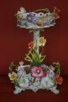 Dresden Sitzendorf two-tier centerpiece is just completely over the top, brimming with flowers and even a couple of cherubs. I guess I'd better put this one on my wishful wish list Dresden Porcelain, Porcelain Ceramics, China Porcelain, Flower Vases, Flower Art, Art Flowers, Little Flowers, Centre Pieces, Diy Home Crafts