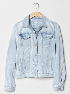 A basic jean jacket—no embellishments or frills—is a true closet staple. Shop the 10 best ones, including this Gap 1969 Denim Jacket.