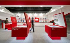 Pop Up Shop Design / Retail Design / Semi Permanent Retail Fixtures / VM / Retail Display / Archex inspiration www.archex.ca