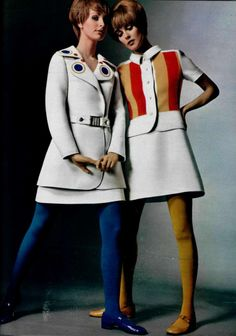 LOUIS FÉRAUD 1969 white and colored tights, we prob have these 1970 Style, Style Année 60, 60s And 70s Fashion, Retro Fashion, Vintage Fashion, Fashion Fashion, Japan Fashion, India Fashion, Street Fashion
