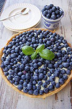 Tarta z borówkami #thermomix Polish Cookies, Polish Recipes, Pavlova, Blueberry, Cake Recipes, Food And Drink, Cooking Recipes, Sweets, Baking