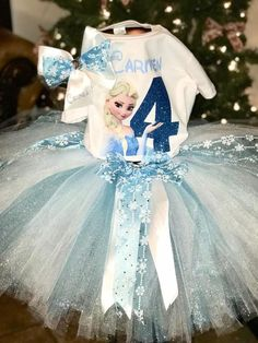 Frozen Tutu Sets includes shirt, skirt, and bow Frozen Tutu, Frozen Birthday Dress, Frozen Themed Birthday Party, Disney Frozen Birthday, 4th Birthday Cakes, Fourth Birthday, Frozen Party, Birthday Dresses, Girl Birthday