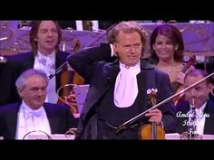 FUNNY MOMENT - André Rieu live in Sydney