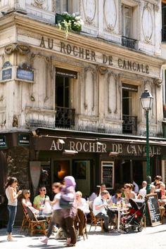 Cafe a Paris table inspiration