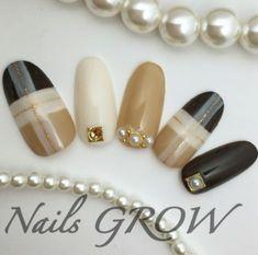 Trendy nails black white rings in 2020 Elegant Nails, Classy Nails, Fancy Nails, Trendy Nails, Cute Nails, Plaid Nail Designs, Nail Art Designs, Asian Nails, Plaid Nails