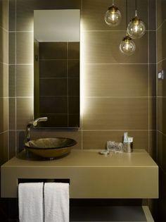 El estudio catalán Dt6 lleva confort y aires contemporáneos al hotel checo UNIC Prague.   diariodesign.com banys miralls gres