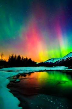 Where you can see the northern lights - wonderful pictures moon / nature etc.Where you can see the northern lights - wonderful pictures moon / nature etc. - pictures The man Beautiful Sky, Beautiful Landscapes, Nature Pictures, Beautiful Pictures, Landscape Photography, Nature Photography, Photography Poses, Northen Lights, See The Northern Lights