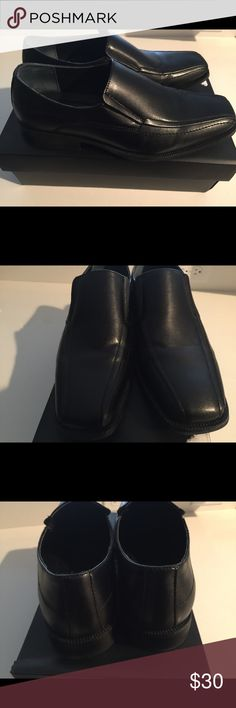 Alfani slip on leather shoes men's 10.5 Brand new shoes 10.5. tried on at home. Have tree original box and everything. If you have questions let me know. Please pray quickly and be in the united States Alfani Shoes Loafers & Slip-Ons