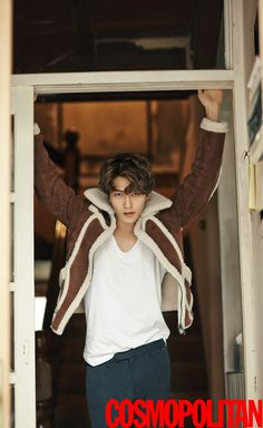 CN Blue's Lee Jong Hyun for Cosmopolitan Korea October Photographed by Zoo Young Gyun Cnblue Jonghyun, Lee Jong Hyun Cnblue, Jung Hyun, Minhyuk, Jung Yong Hwa, Lee Jung, Kang Min Hyuk, 2ne1, Asian Actors