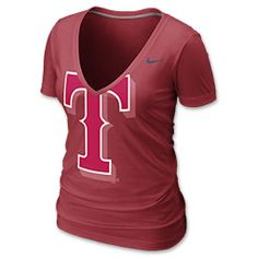 The Nike MLB V-Neck Burnout Women's Tee Shirt is perfect for rooting on your team any day of the week. The form fitting style is feminine yet flattering and the deep V-Neck adds style. An oversized logo is screen-printed across the front.