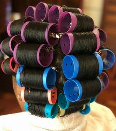 yep, slept on these too! Roller Set Natural Hair, Roller Set Hairstyles, Sleep In Hair Rollers, Natural Hair Styles, Short Hair Styles, Wet Set, Perm Rods, Bobe, Updo Styles