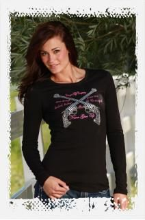 """Cowgirl Tuff Company black long sleeve jersey tee. Hot pink """"Never Give Up"""" slogan printed on front and studded silver double pistols."""