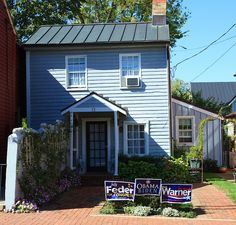 """Typical small old house in downtown Leesburg. Virginia is a """"swing"""" state, so you wld see about as many Obama signs as Romney signs (in 2013). ~~hh/"""