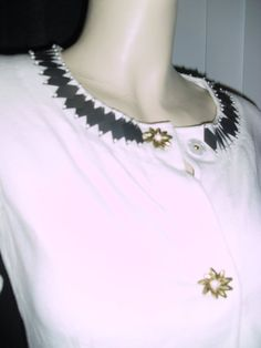 Milly New York couture sweater w gray trims & flower buttons @ Fashionista Style Boutique - $40