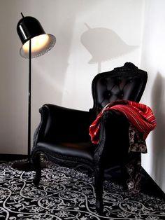 moooi : smoke chair & lolita floor lamp  find it at _   http://www.mirsa.es/?/ca/producte/MOOOI